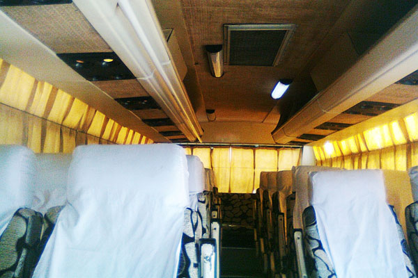 27 Seater Ac Luxury Mini Bus - Minibus Hire Delhi - Car Rental Delhi