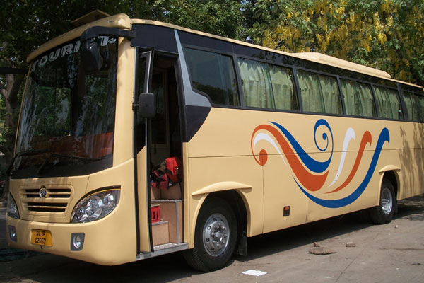 35 Seater tourist ac deluxe bus - bus rental company - car rental delhi