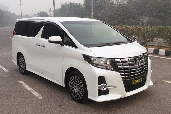 5 Seater Toyota Alphard - Imported Luxury Vans Rental Company - Car Rental Delhi
