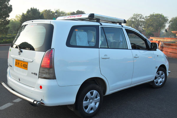 More Details About Hiring Family Suv Toyota Innova Car - Family Size Suv/Muv Car Rental Service - Car Rental Delhi